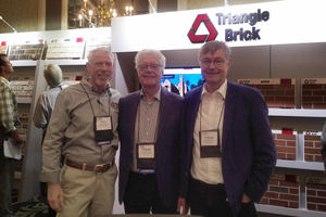 "<div class=""bildtext""><span class=""textmarkierung"">»</span> Gary Freels, Triangle Brick Sales Director in Texas, Wilhelm Röben and Wilhelm-Renke Röben at the Brick Forum in Charlotte, North Carolina (left to right)</div>"