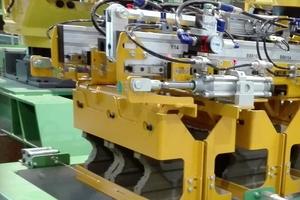 """<div class=""""bildtext""""><span class=""""bildnummer"""">»</span> The new robotized cutting technology</div>"""
