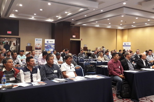 """<div class=""""bildtext""""><span class=""""textmarkierung"""">»</span> Around 80 brick and roofing tile manufacturers attended the ECTS <br />Symposium in Monterrey</div>"""