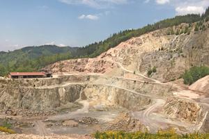 "<div class=""bildtext_en""><span class=""bildnummer"">»1 </span>One of the largest outcrops of rhyolite in Germany is found in Ottenhöfen in Baden-Württemberg</div>"
