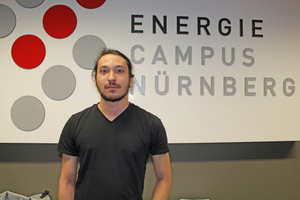 """<div class=""""bildtext_en""""><span class=""""bildnummer"""">» </span>K. Hertlein is an undergraduate at the Faculty of Materials Engineering at Nuremberg University of Technology. He has spent his practical semester in Prof. Dr Krcmar's working group and made a successful contribution to the findings presented here. In the scope of his bachelor's dissertation, he is investigating the cycle stability of heat storage materials, especially of clay bricks and blocks.</div>"""