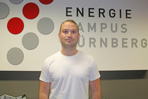 """<div class=""""bildtext_en""""><span class=""""bildnummer"""">» </span>J. Seibold has graduated with a bachelor's degree from the Faculty of Materials Engineering at Nuremberg University of Technology. In the scope of his master's thesis, as a member of Prof. Dr Krcmar's working group, he is investigating the """"Influence of pore geometry on the thermal insulation properties of porosified heavy clay ceramics"""".</div>"""