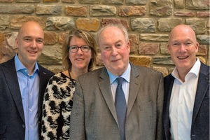 "<div class=""bildtext""><span class=""bildnummer"">» </span>Company founder Will de Beijer with his children Bianca, Han (r.) and Willem de Beijer (l.)</div>"