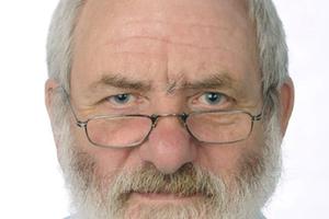 """<div class=""""bildtext""""><span class=""""bildnummer""""><irspacing style=""""letter-spacing: 0.001em;"""">» </irspacing></span>Dipl.-Ing. Michael Ruppik ist langjähriger wissenschaftlicher Mitarbeiter im Institut für Ziegelforschung Essen (IZF) und heute noch in beratender Funktion tätig.</div>"""