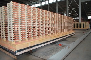 "<span class=""bildunterschrift_hervorgehoben"">»6</span> Burton built 62 TKCs for Tondach AG's Hungarian roof-tile factory<br />"