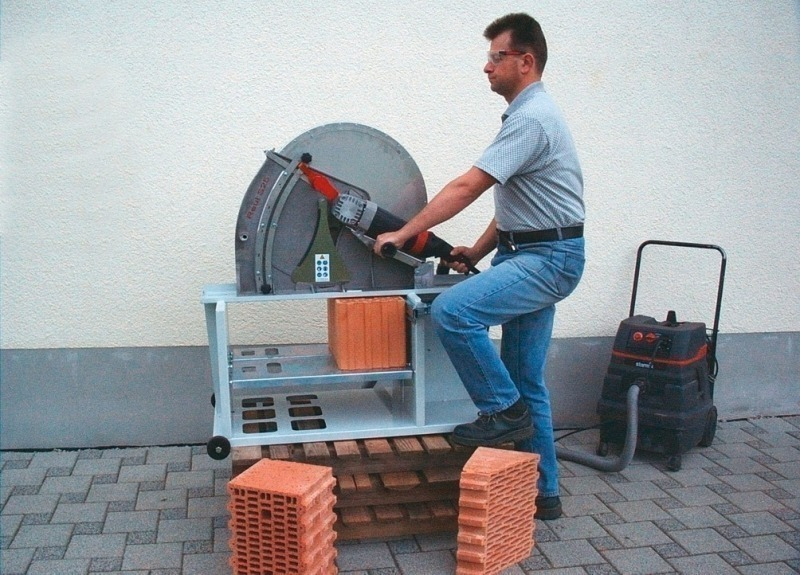Saw To Cut Wall : Brick and tile industry international