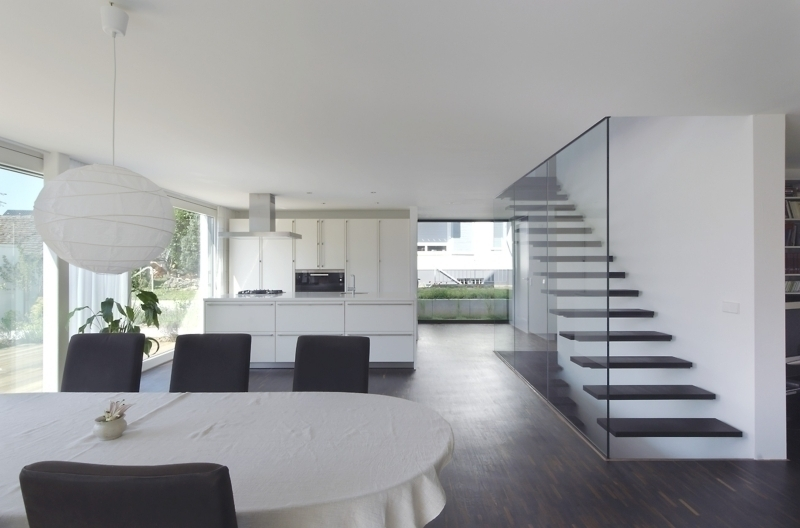 treppen im wohnbereich offene treppe im wohnbereich modern treppenhaus view images architektur. Black Bedroom Furniture Sets. Home Design Ideas