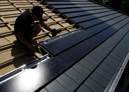 Zi News Deutsche Dachziegel Bringen Die Sonne Auf Das Haus   Fbab