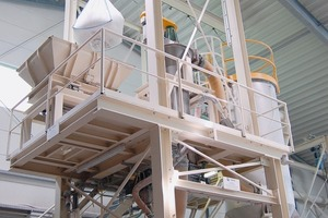 "<span class=""bildunterschrift_hervorgehoben"">»8</span> With the new mixing plant, the company can respond more flexibly to customer requirements<br />"