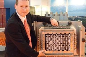 """<span class=""""bildunterschrift_hervorgehoben"""">»13</span> Markus Rank, Management Assistant at Ziegelmundstückbau Braun GmbH, Germany pictured in front of a die"""