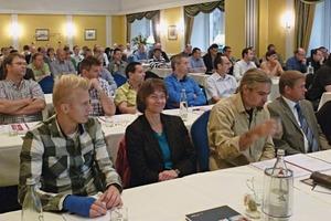 """<div class=""""bildtext""""><span class=""""bildnummer"""">»</span> Auf dem 30. IZF-Seminar in Essen informierten sich rund 70 Teilnehmer über """"Die gute Atmosphäre für den Ziegelbrand""""</div>"""
