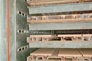 """<span class=""""bildunterschrift_hervorgehoben"""">»24</span> Air wall dryer for plain tiles, with oblong inlets<br />"""