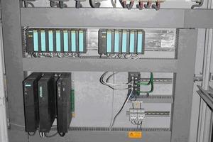 "<span class=""bildunterschrift_hervorgehoben"">»3</span> Conversion of the S5 control to S5/S7 components<br />"