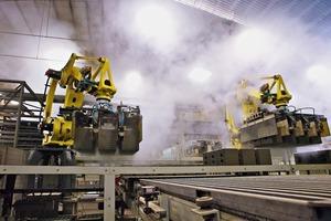 "<span class=""bildunterschrift_hervorgehoben"">»5 </span>Even in a brickyard production environment, Fanuc robots promise high reliability and availability on triple-shift duty"