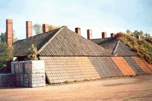 "<span class=""bildunterschrift_hervorgehoben"">»7</span> Kiln house with model roofs<br />"