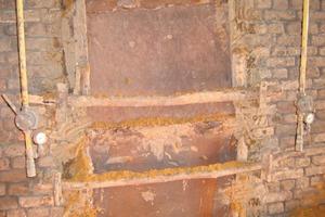 """<span class=""""bildunterschrift_hervorgehoben"""">»15</span> Firing end of kiln closed off for blue-reduction<br />"""