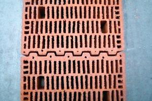 ››8 Tastversuche zur Durchbiegung von Flachstürzen mit einlagiger Übermauerung; Ausführung der Stoßfuge und Übersicht