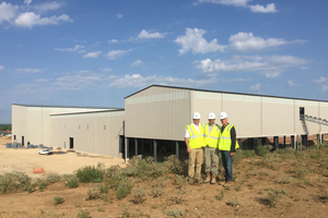 Röben Werksneubau Clay County, Texas/USA August 2015: Scott Mollenkopf (Pres. &amp; CEO Triangle Brick), Howard Brown (Vice President TB), Wilhelm Röben<br />
