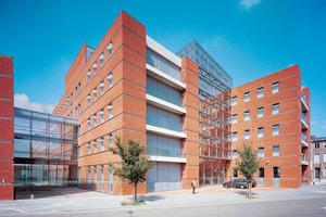 ›› 4 The Flemish administrative centre Vlaams Administratief Centrum (VAC)
