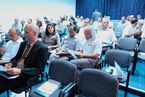 """<span class=""""bildunterschrift_hervorgehoben"""">»1</span> The Tunisian brickmakers were informed about possibilities for funding modernization projects with the help of CDM projects<br />"""