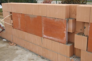 "<span class=""bildunterschrift_hervorgehoben"">»1</span> The Unitherm panel heating system fits seamlessly into the masonry<br />"