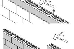 "<span class=""bildunterschrift_hervorgehoben"">»2</span> A connecting clip is inserted between two bricks<br />"