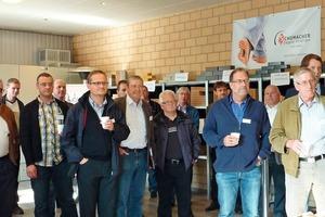 "<span class=""bildunterschrift_hervorgehoben"">»1</span> The guests got all set for a tour of the plant by watching a video about the Schumacher brickworks<br />"