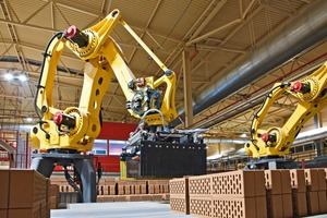 """<span class=""""bildunterschrift_hervorgehoben"""">»9</span> Robot setting plant<br />"""