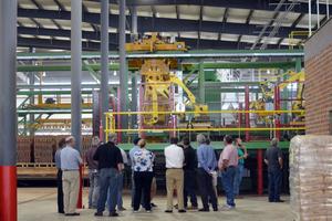 "<div class=""bildtext_en""><span class=""bildnummer"">»</span> The new Clay County plant in Texas</div>"