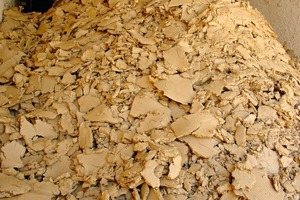 "<span class=""bildunterschrift_hervorgehoben"">»7</span> Recycled clay: absolutely stone-free filter cake (Osterfeld Building Materials Plant, Saxony-Anhalt)<br />"
