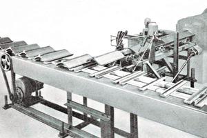 "<span class=""bildunterschrift_hervorgehoben"">»10</span> Automatic hollow-pantile shaping plant<br />"