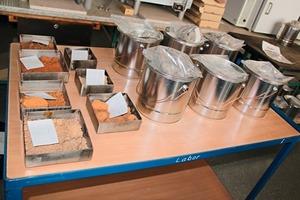 "<span class=""bildunterschrift_hervorgehoben"">»6</span> Material supply sample supply<br />"